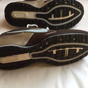 Nike Shoes - Nike sneakers NWOT